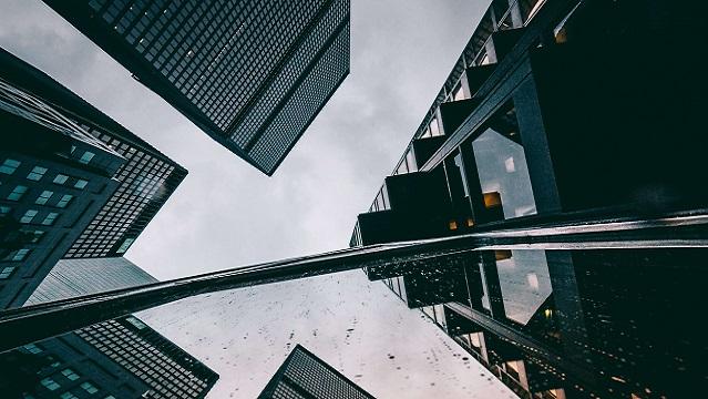 Investir dans l'immobilier de bureaux pour la construction et l'aménagement de biens destinés à des sociétés
